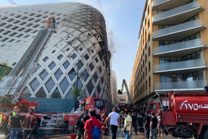 Fire briefly erupts in central Beirut commercial district