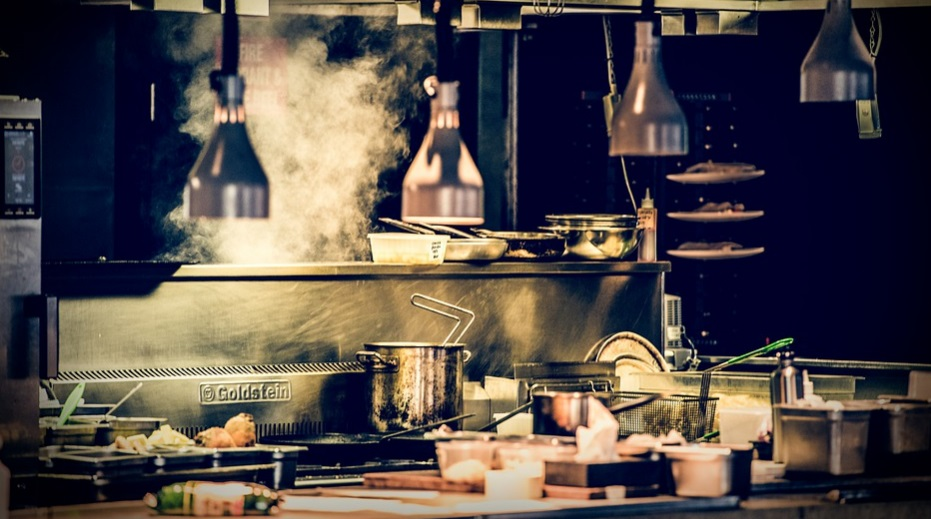 Dubai shuts down restaurant for not following Covid-19 guidelines