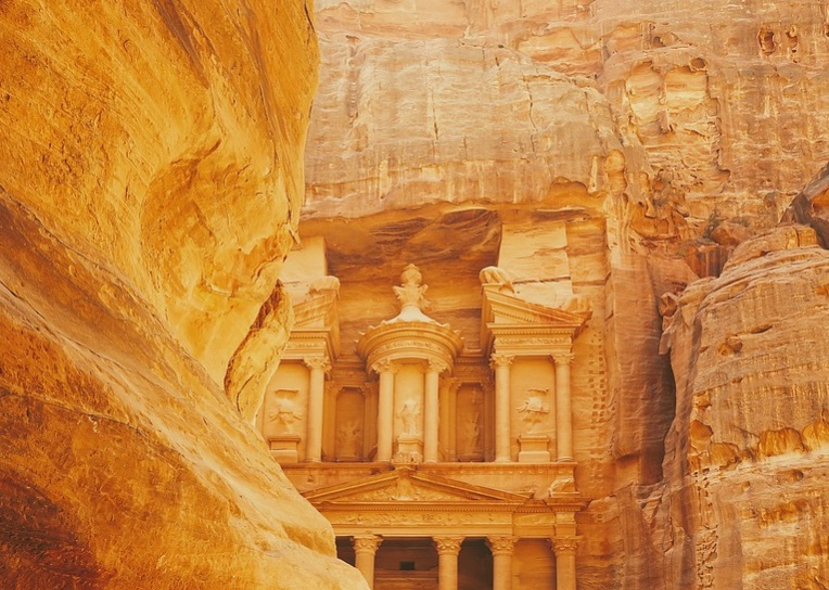 Saudi Heritage Authority to unveil new archaeological discovery