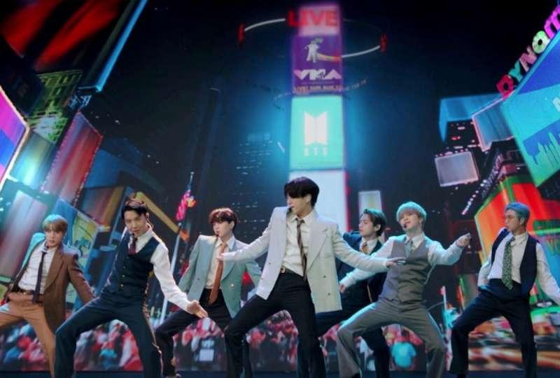 Investors swamp IPO for K-Pop band BTS management label, prices at top of range