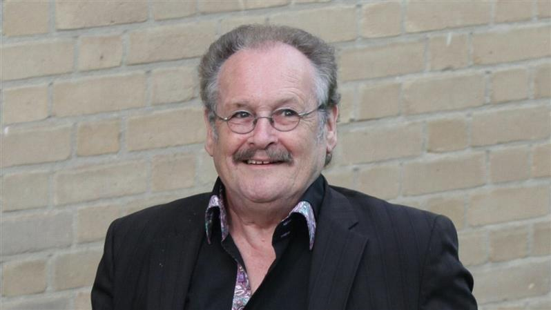 Comedian Bobby Ball dies aged 76 after testing positive for Covid-19
