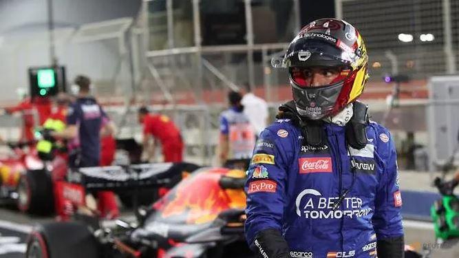 F1: Ferrari begin testing